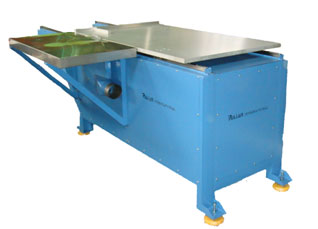Disc Saw Cutting Machine (Speciallize For Arcylic Board)